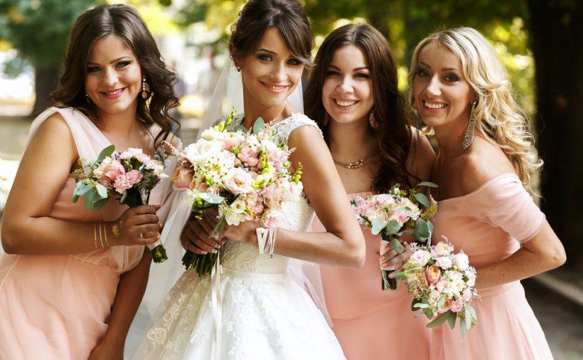 結婚式 ドレス ブランド