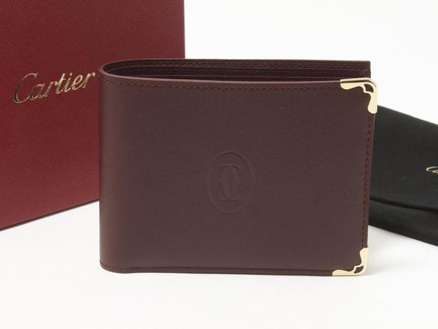 カルティエ マストライン 二つ折りの財布