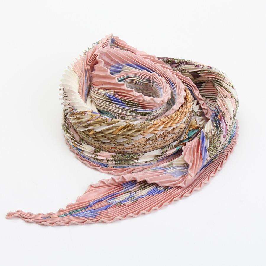 エルメス プリーツカレ シルクスカーフ