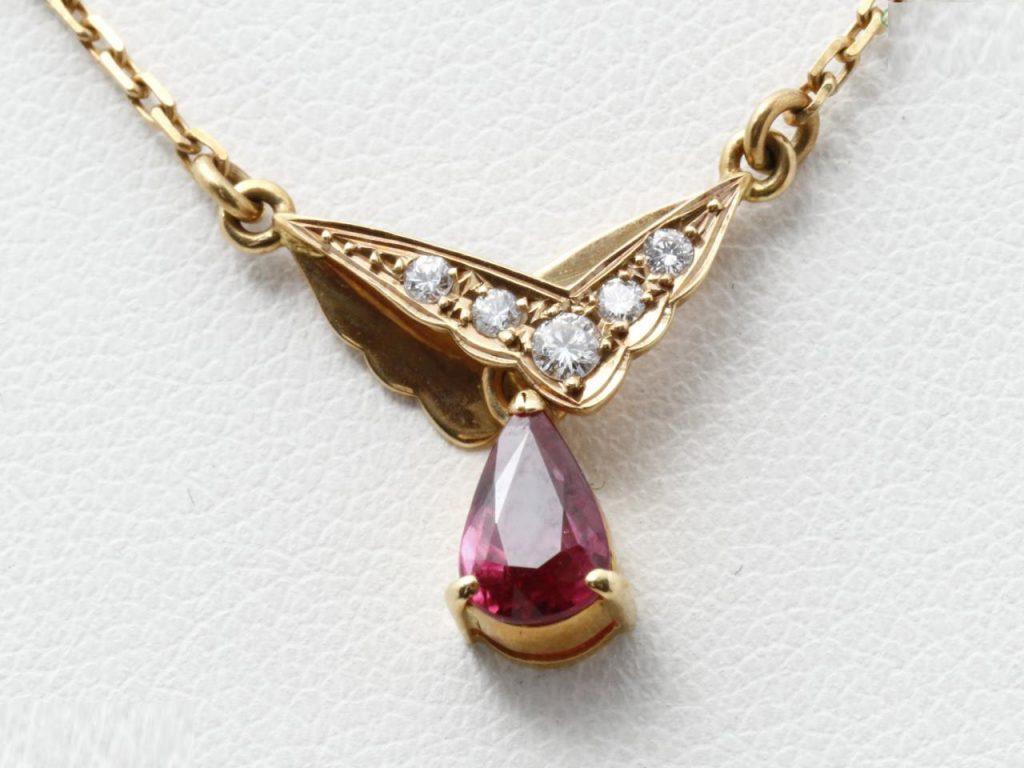 クリスチャンディオールルビーダイヤモンドネックレス