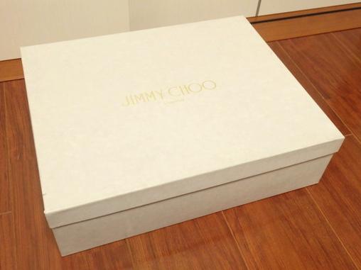 ジミーチュウ買取 BOX