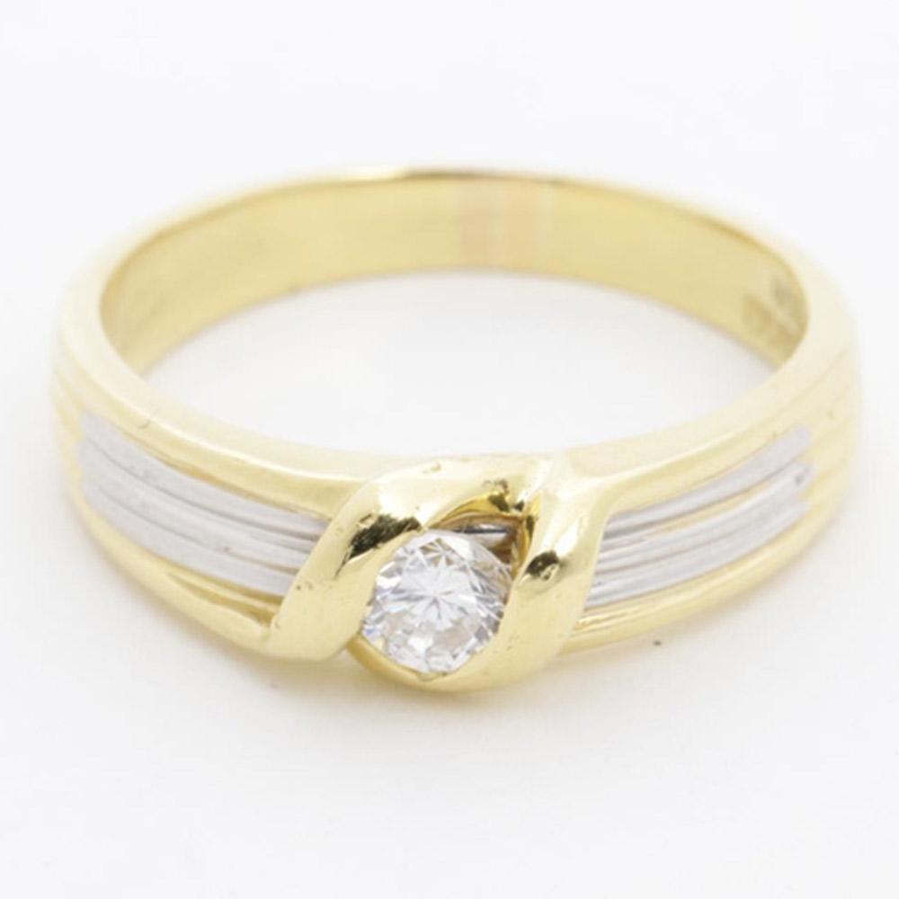 プラチナ ゴールド ダイヤモンドリング