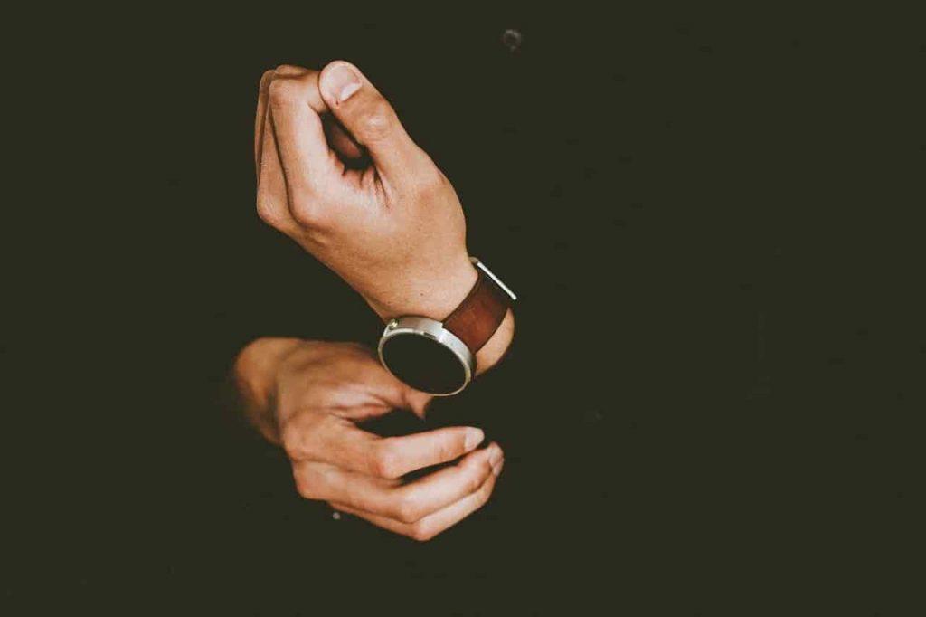 腕時計を買取してもらう際の注意点